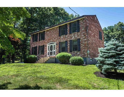 27 Houghton Road, Wilmington, MA