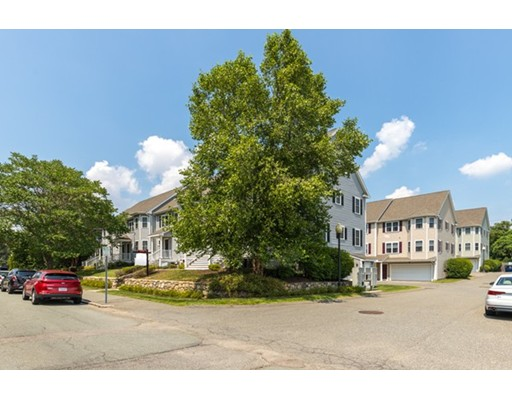50 Desmoines Rd #B4, Quincy, MA 02169