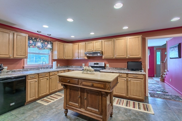 1 Kimplen Court, Townsend, MA, 01469, Middlesex Home For Sale
