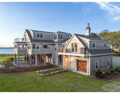 27 Beverly Road, Bourne, MA