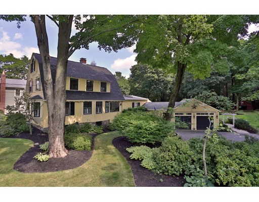 39 Forest Hill Avenue, Lynnfield, MA