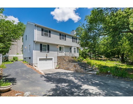 145 Wollaston Avenue, Arlington, MA