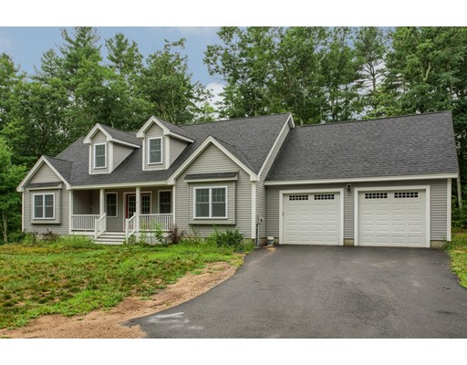21 Shirley Road, Townsend, MA