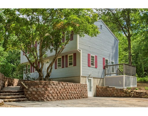 19 North End Road, Townsend, MA
