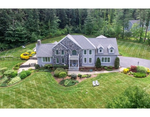 4 Crescent Meadow Lane, Georgetown, MA