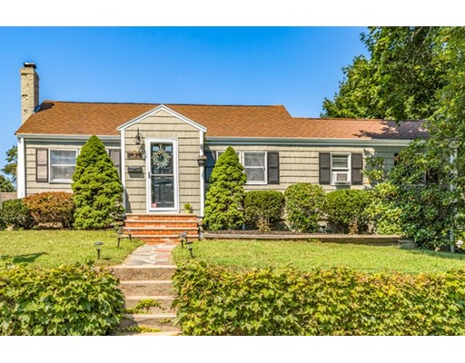24 Ashwood Road, Lynnfield, MA