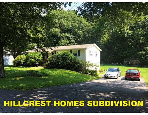 11 Crestwood Road, Leicester, MA