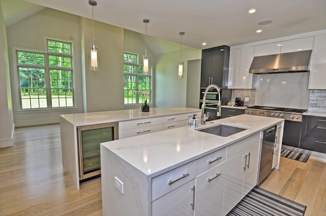 16 Forest Park Dr, Holliston, MA, 01746, Middlesex Home For Sale