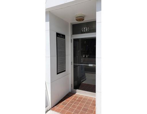 945 Great Plain Avenue, Needham, MA 02492