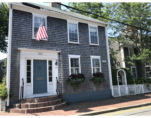17 Pine Street Nantucket MA 02554