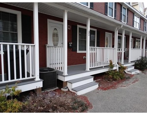 31 Andrews Street, Lowell, MA 01852