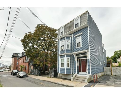 17 Pembroke Street, Chelsea, MA 02150