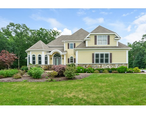 8 Analore Circle, Norfolk, MA 02056