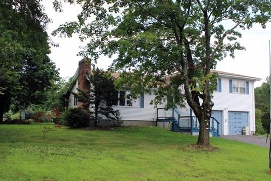 108 Lee Road, Deerfield, MA: $225,000