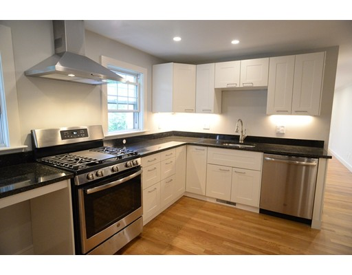 37 Hillcrest Circle #1, Watertown, MA 02472