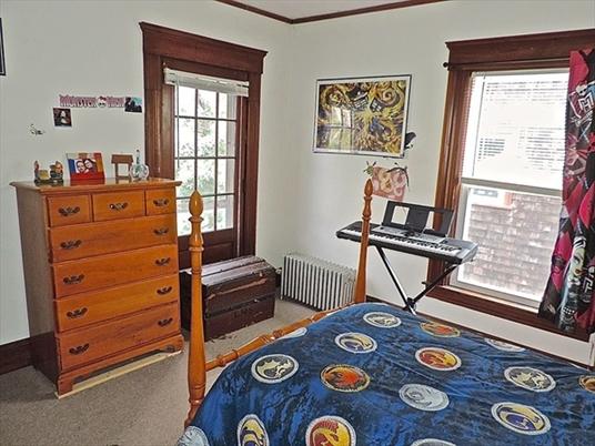 18 Church Street, Greenfield, MA: $199,500