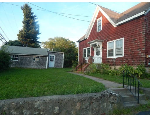 3146 Acushnet Ave, New Bedford, MA 02745