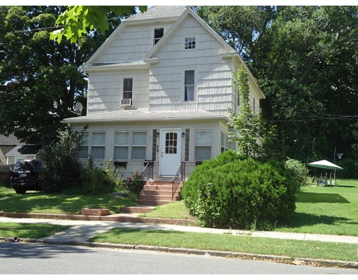 29 Magnolia Avenue, Holyoke, MA