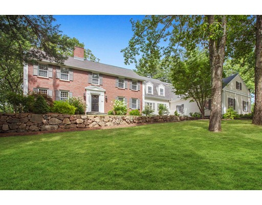 84 Royalston Road, Wellesley, MA