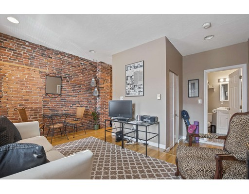 16 Foster Street, Boston, MA 02113