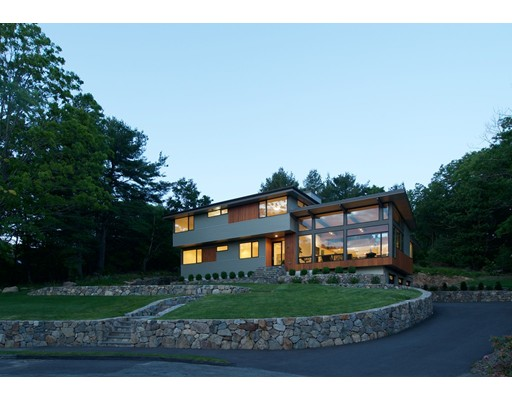10 Scotch Pine Circle, Wellesley, MA