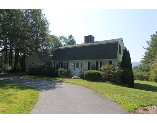 561 Station Road, Amherst, MA