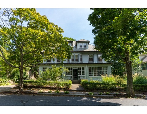 10 Downing Road, Brookline, MA