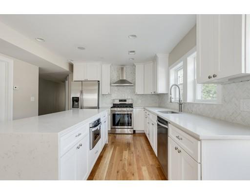 810-812 E 3rd Street, Boston, MA 02127