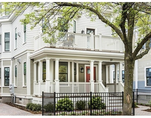 37 Day Street, Somerville, MA 02144