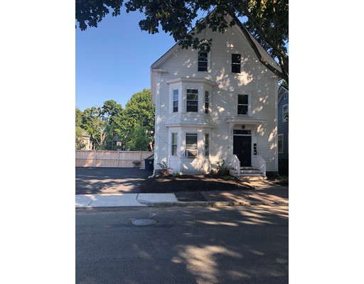 11 West Avenue, Salem, MA 01970