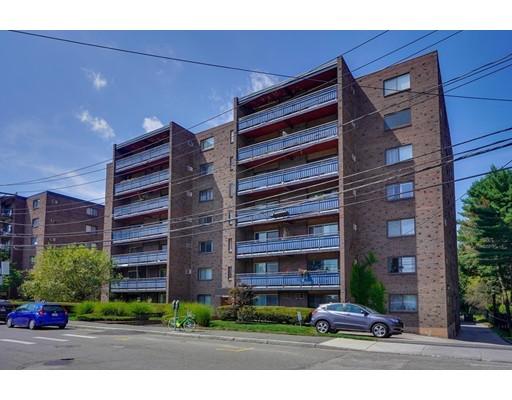 32 Whites Avenue, Watertown, MA 02472
