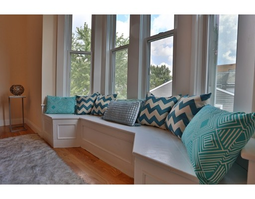 12 Grand View, Somerville, MA 02143