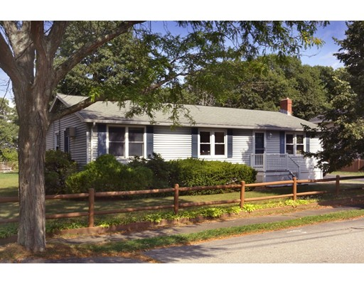 43 Donegal Road, Peabody, MA