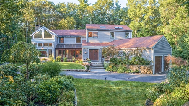 56 Wildwood Dr, Bedford, MA, 01730, Middlesex Home For Sale