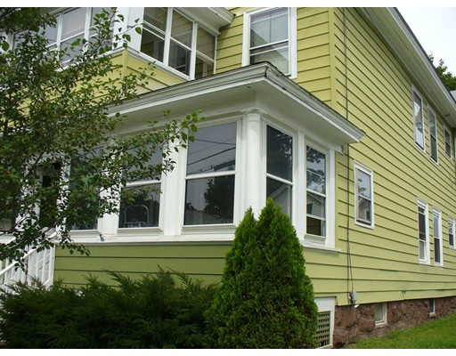 33-35 Woodleigh Avenue, Greenfield, MA 01301