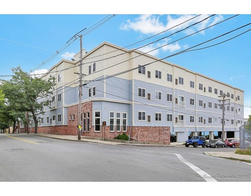 75 Walnut Street, Peabody, MA 01960