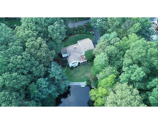 12 Hawthorne Lane, Weston, MA