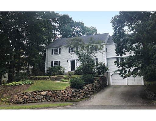 6 Trinity Court, Wellesley, MA