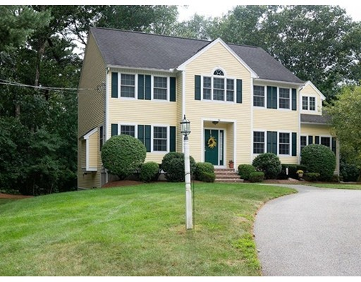 38 Lowell Road, North Reading, MA