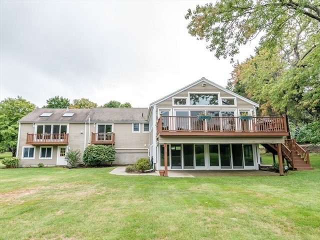44 Meadowbrook Rd, Westwood, MA, 02090,  Home For Sale