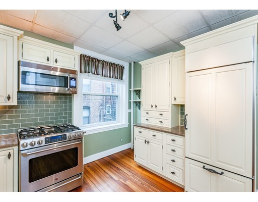 384 Riverway, Boston, MA 02115
