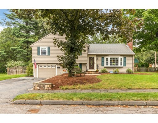 14 Richards Road, Lynnfield, MA