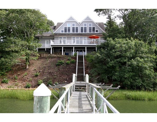 44 Little Neck Lane, Mashpee, MA