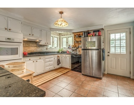 97 Woodside Lane, Arlington, MA