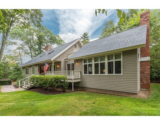 16 Woodholm Road, Manchester, MA