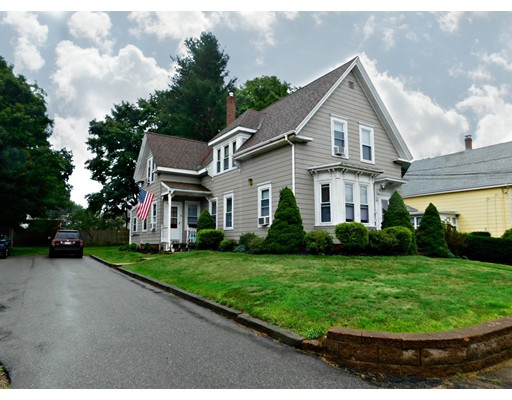 40 Chestnut Street, Whitman, MA 02382