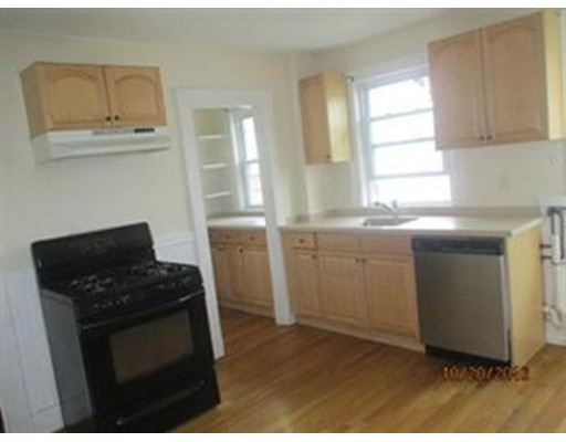 391 Poplar St, Boston, MA 02131