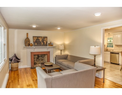 41 Plymouth Terrace, West Springfield, MA