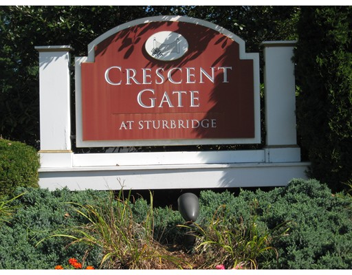 7 Crescent Way, Sturbridge, MA 01518