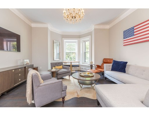 Condominium/Co-Op for sale in The Royal, 3 Back Bay, Boston, Suffolk